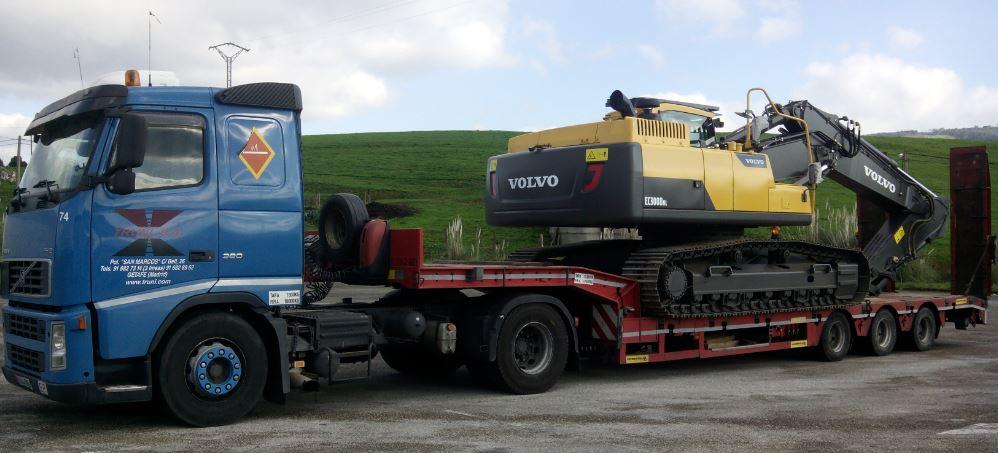 Transporte Maquinaria de Construccion VOLVO
